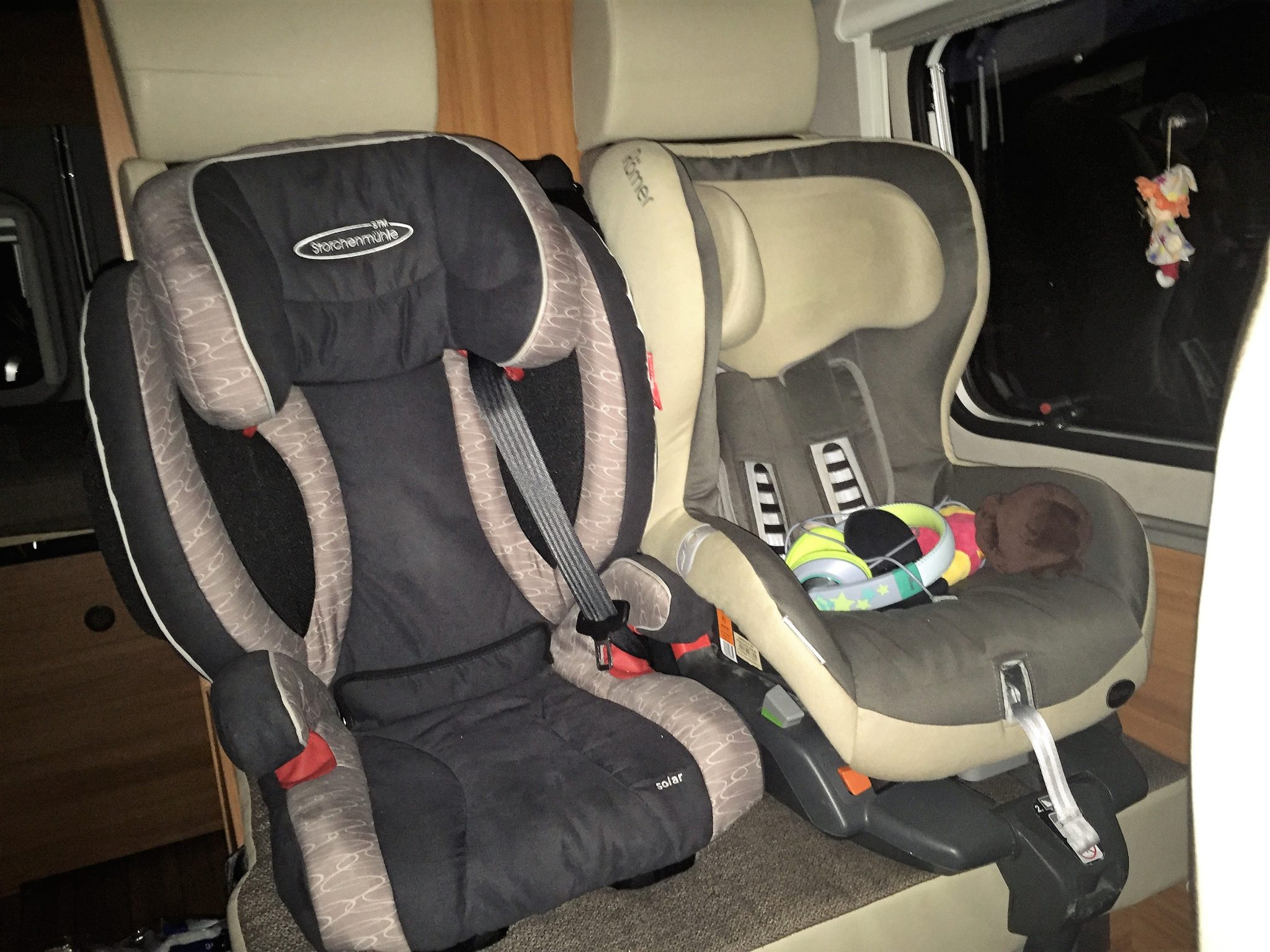 Wenn Kleinkinder mitreisen: Isofix im Kastenwagen oder Wohnmobil